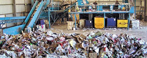 В Набережных Челнах готовят к открытию центр по переработке мусора