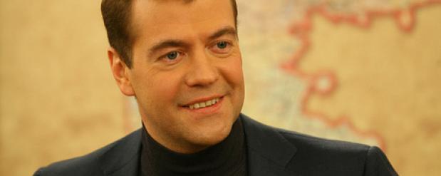 Дмитрий Медведев 2 декабря приедет в Челны, чтобы объявить о продлении программы утилизации авто