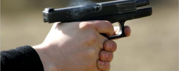 В Набережных Челнах во время занятий обстреляли здание института