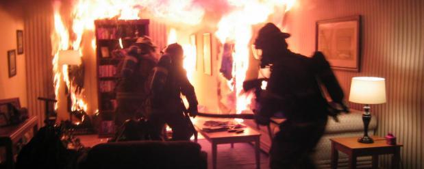 На пожаре в Набережных Челнах чудом спасли 7-летнего ребенка