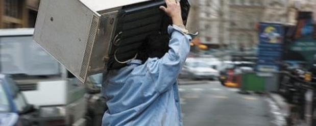 Квартиранты из Перми украли у челнинки холодильник