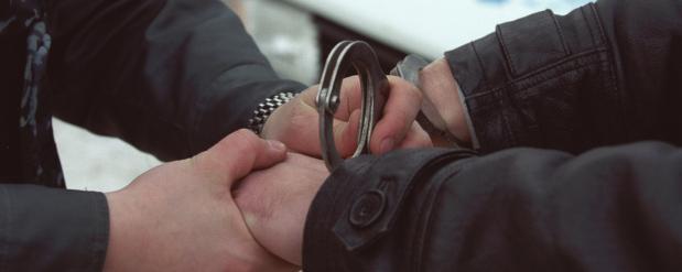 Полицейского из Челнов, застрелившего жену на глазах у детей, арестовали до 24 апреля