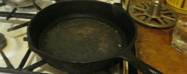Челнинка прибила мужа сковородой