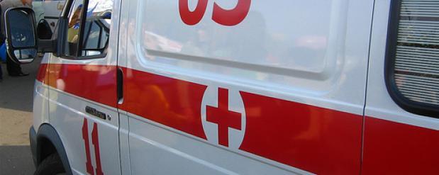 В Набережных Челнах из-за норковой шубы три девушки избили женщину на улице