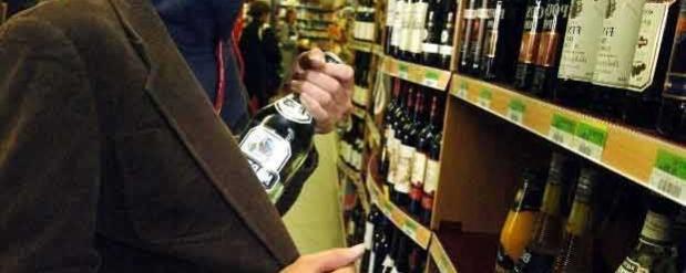 В Набережных Челнах местный житель трижды обворовывал один и тот же продуктовый магазин