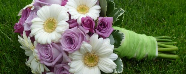 Житель Челнов ограбил цветочный павильон, чтобы подарить цветы племяннице