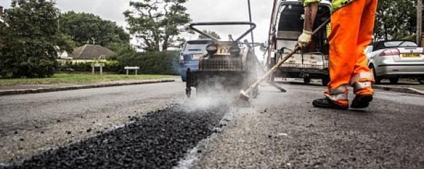 В Набережных Челнах за последние два года в ремонт дорог вложено 3,5 миллиардов рублей