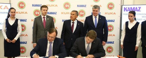 На КАМАЗ до 2022 года роботов будет поставлять фирма KUKA Robotics