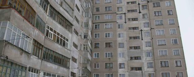 Жители пятиэтажных домов в Набережных Челнах просят президента защитить их балконы