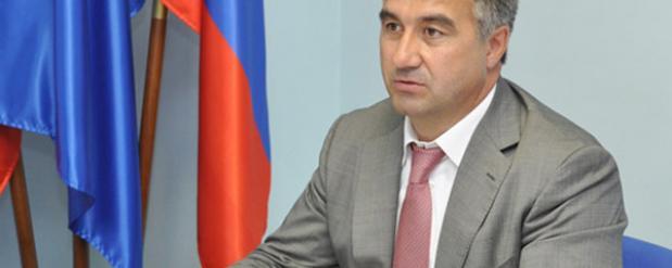 Через твиттер к мэру Челнов обратились 10 тысяч граждан