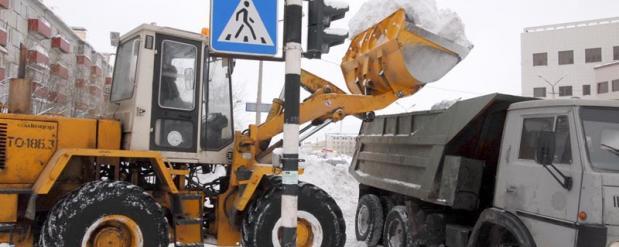 Василь Шайхразиев распорядился, чтобы в городе чистили снег «по-новому»