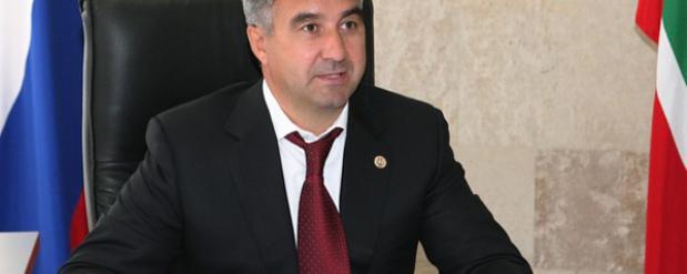 Василь Шайхразиев снова объявляет о благотворительном вечере