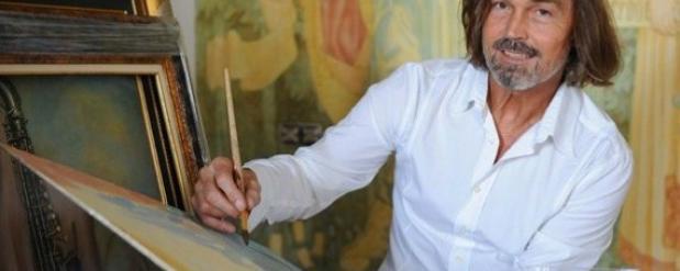 Выставка Никаса Сафронова в Челнах стала самой популярной в городе за последнее время