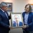Никас Сафронов подарил Наилю Магдееву портрет Путина